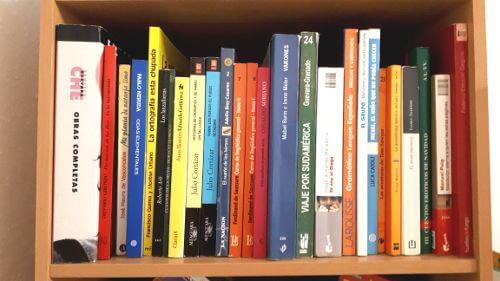 Bibliothek Spanisch Bücher ausleihen Konstanz - Hablamos Spanischschule